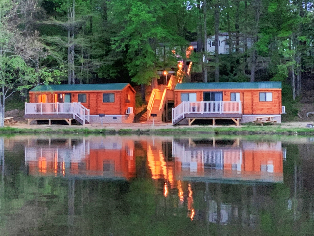 Mini Cabin on the Lake